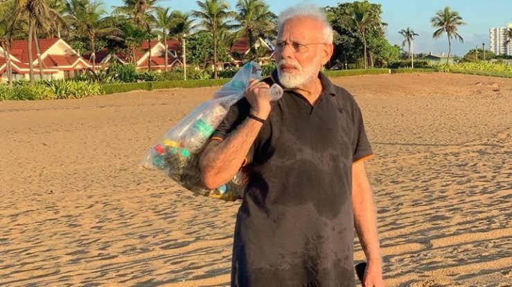 PM ने समुद्र तट पर कचरा उठाया तो लोग बोले- मोदी जी सुर्खियों में बने रहने के लिए कुछ भी करेंगे
